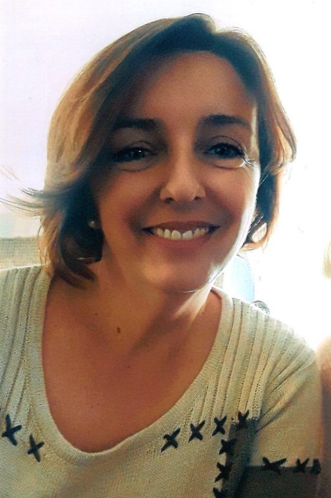 """""""Ich bin Vildana Dautovic und komme aus Bosnien-Herzegowina einer kleinen Stadt Namens Travnik."""